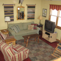 Cardinal Cottage Livingroom