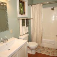 Wren Cottage Bathroom